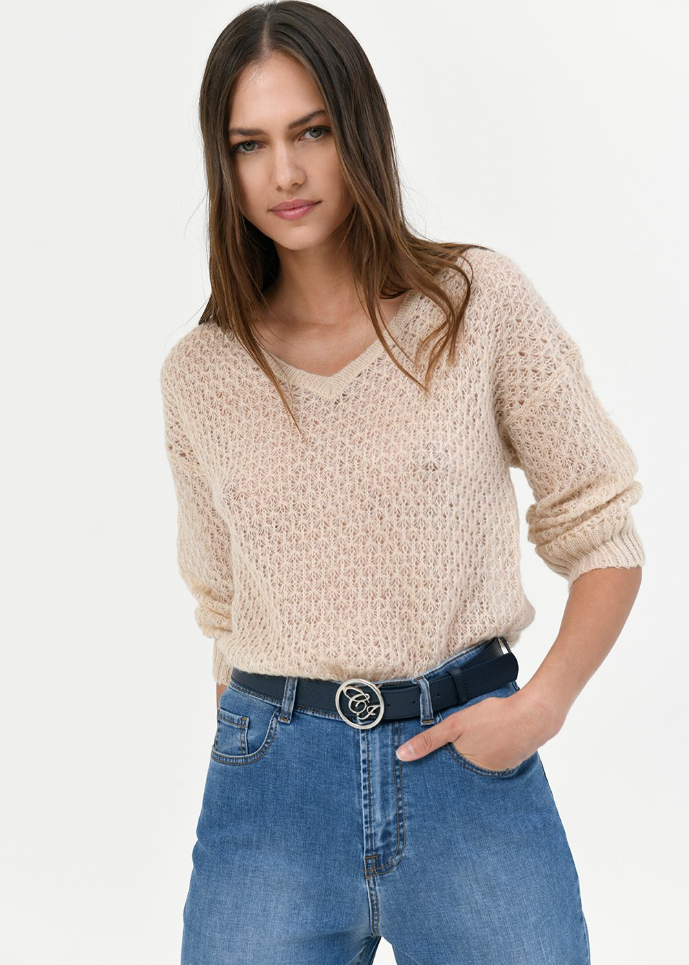 V-neck sweater with geometric stitch - Nude - Woman