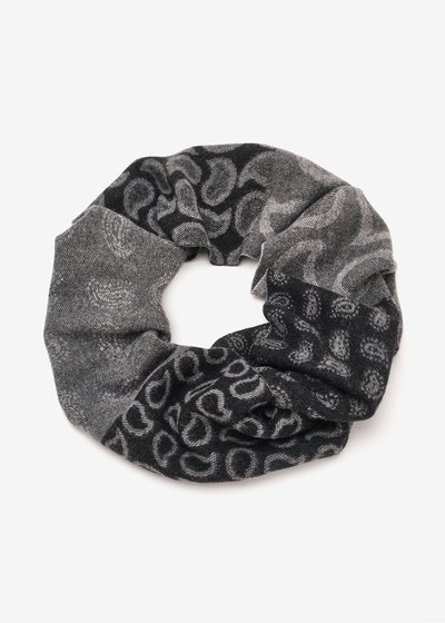 Stacee patterned scarf