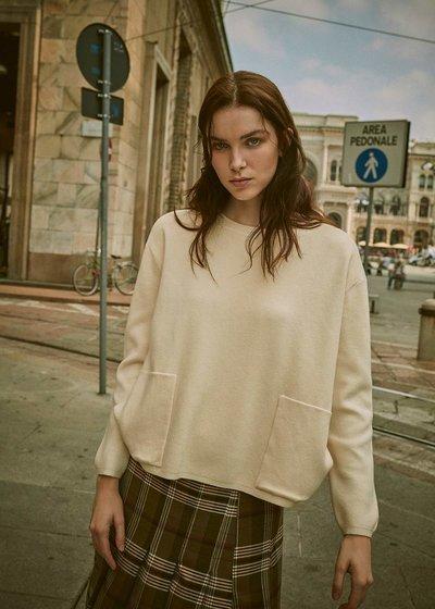 Malena egg-shaped sweater
