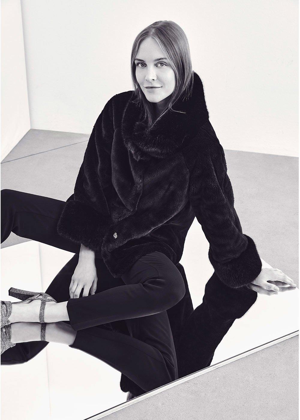 Gayl long-haired faux fur coat - Black - Woman