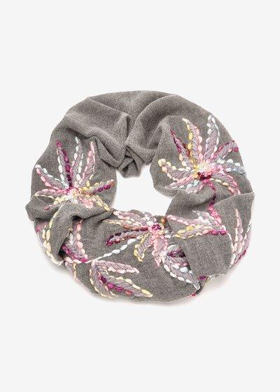 Selena wool scarf