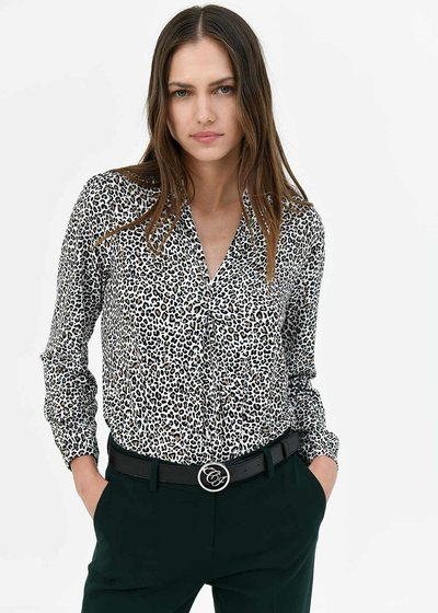 Stefanie t-shirt with micro-spotted pattern