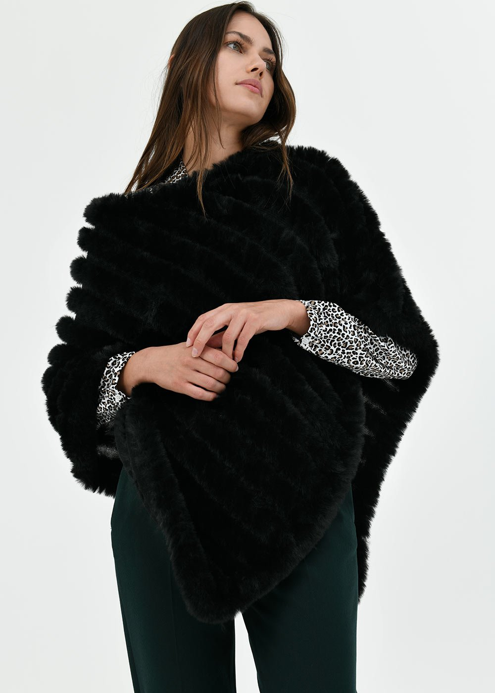 Madie faux-fur cape - Black - Woman
