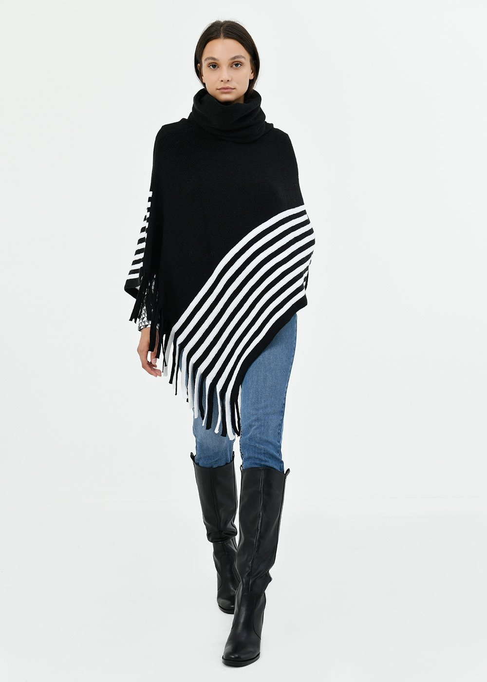 Marya cape with stripes and fringes - Black / White Stripes - Woman