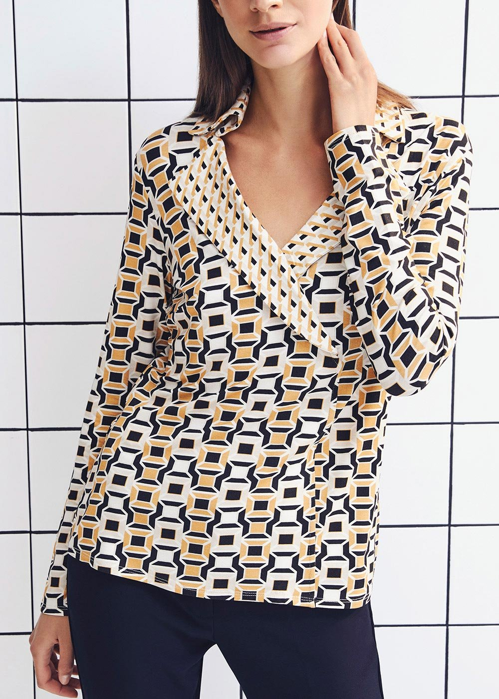 T-shirt Silvye fantasia geometrica - Black /  Miele Fantasia - Donna