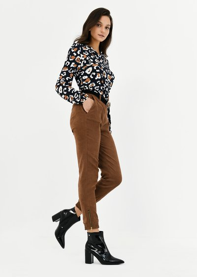 Jane trousers with elastic band on hem