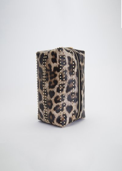 Bend vanity case with spotted print
