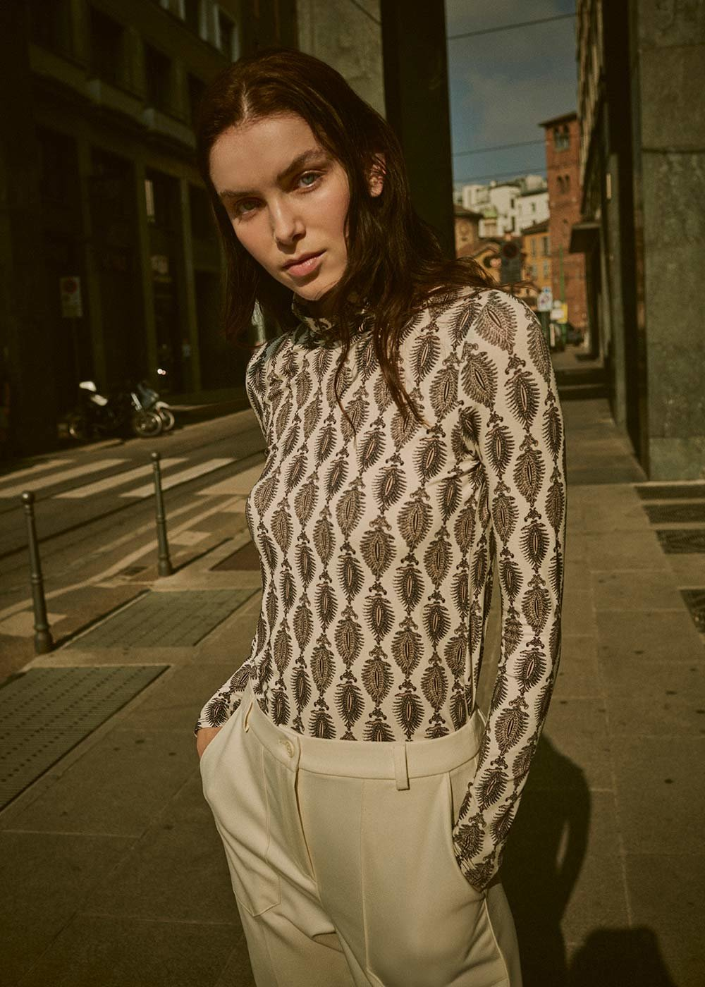 Stella high-necked patterned t-shirt - White /  Taupe Fantasia - Woman