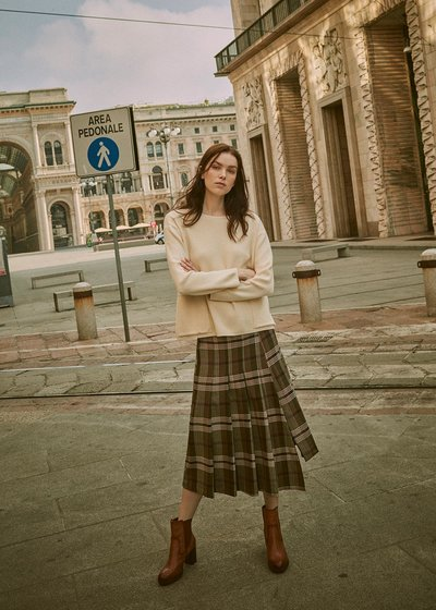 Giusy kilt model skirt