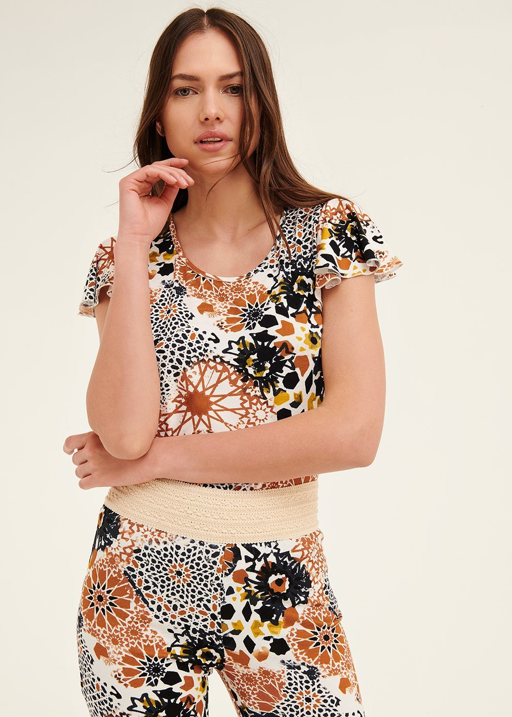 Claudia patterned t-shirt with ruffled sleeves - White / Papaya Fantasia - Woman