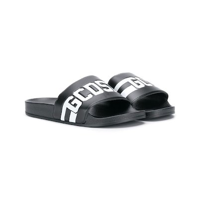 Black rubber slippers