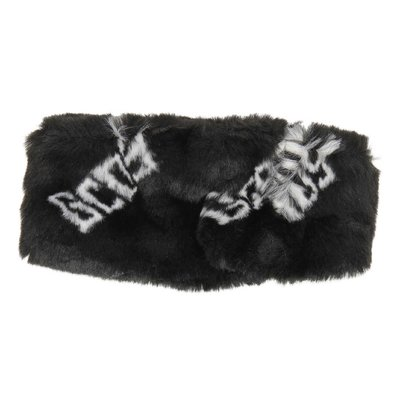 Black logo faux fur collar
