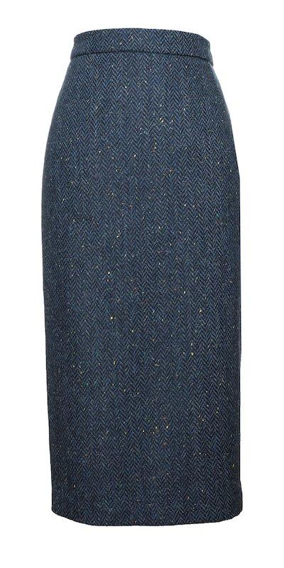 Blauer wadenlanger Rock mit Fischgrätenmuster