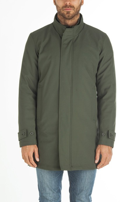 Man's long softshell jacket
