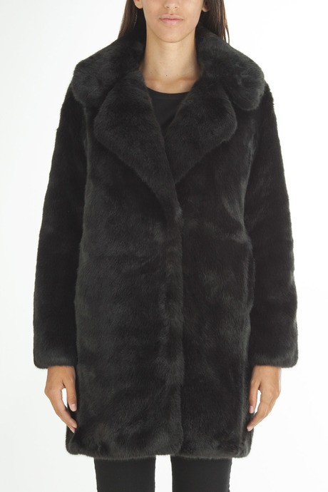 Woman's faux  fur reversible coat