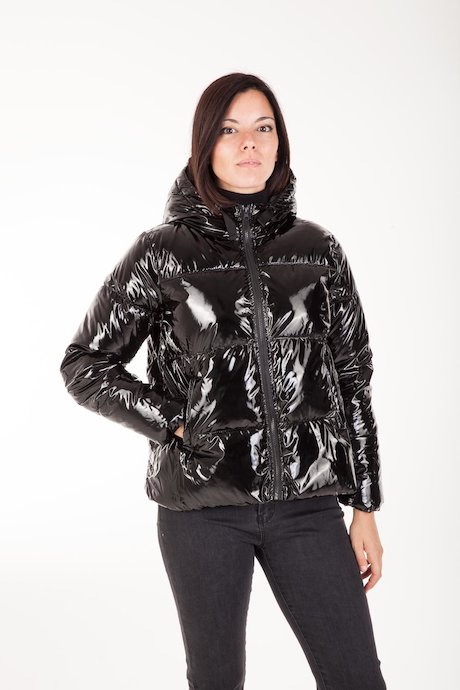 Short Down Jacket Laqué with Hood