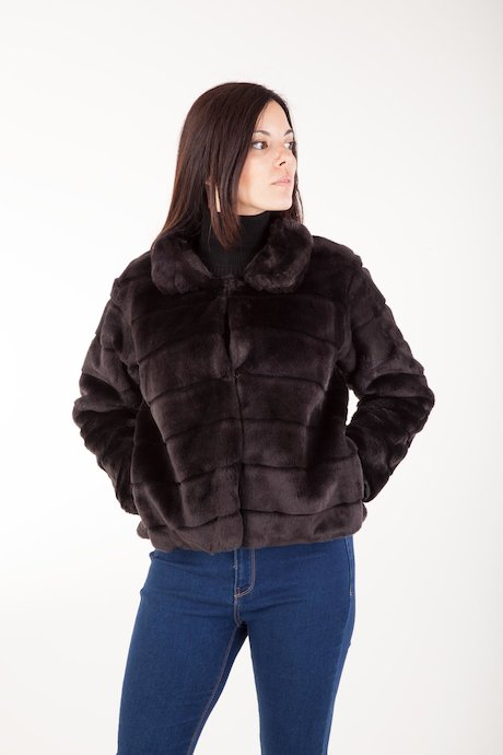 Faux Fur with Collar