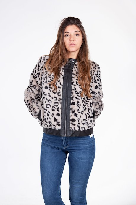 Faux fur jacket animalier pattern