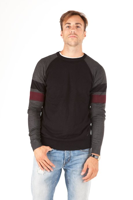 Round neck sweater contrasting colour stripes