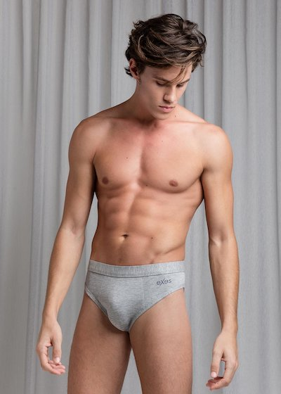 Bi-elastic cotton briefs with covered elastic band