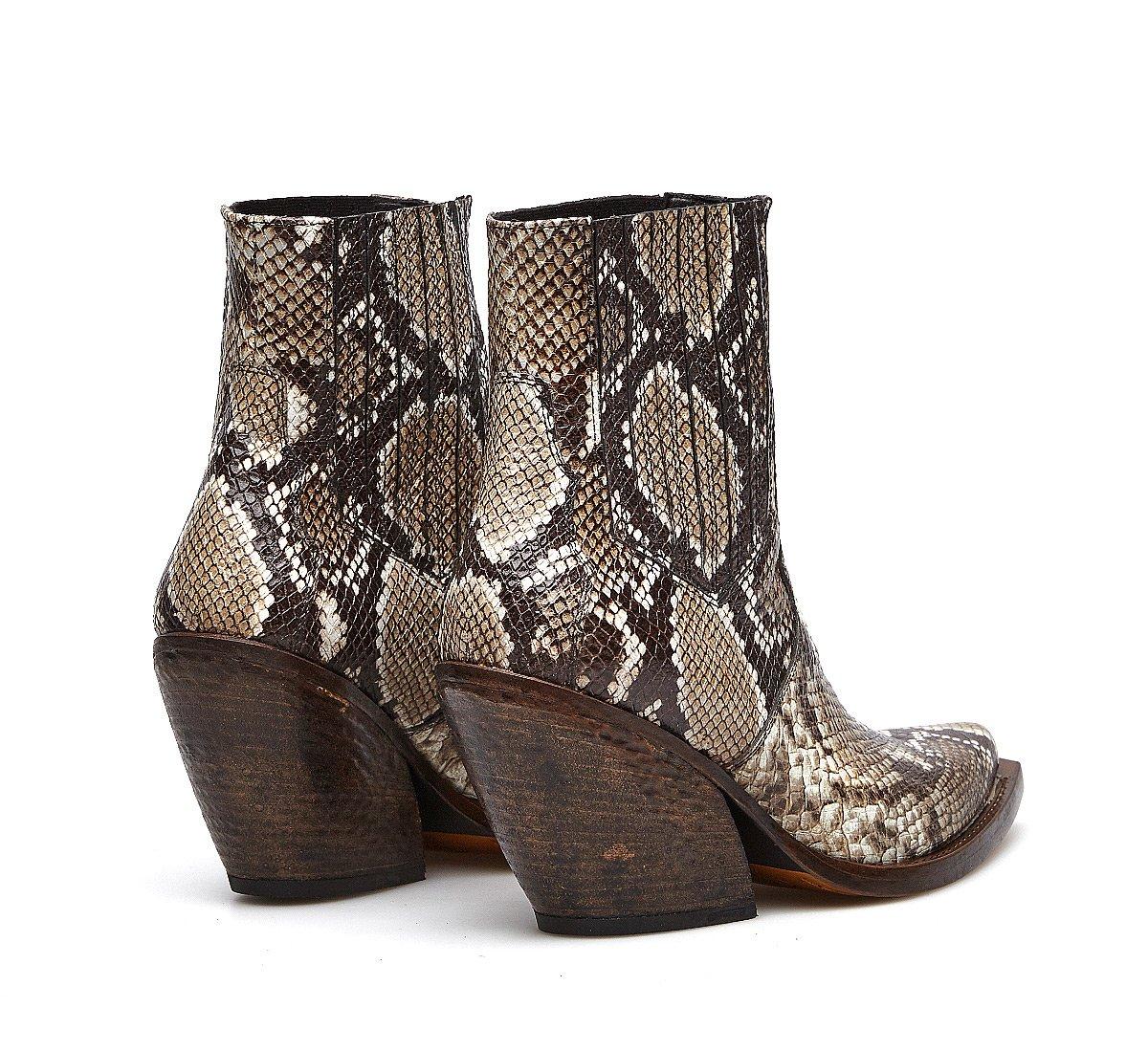 Barracuda cowboy boots in exquisite calfskin