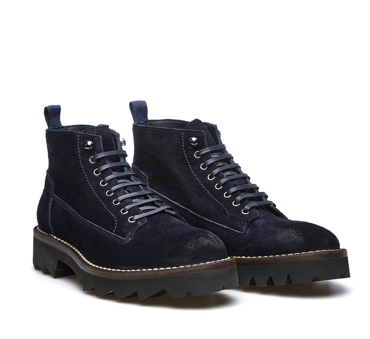 Barracuda crust ankle boots