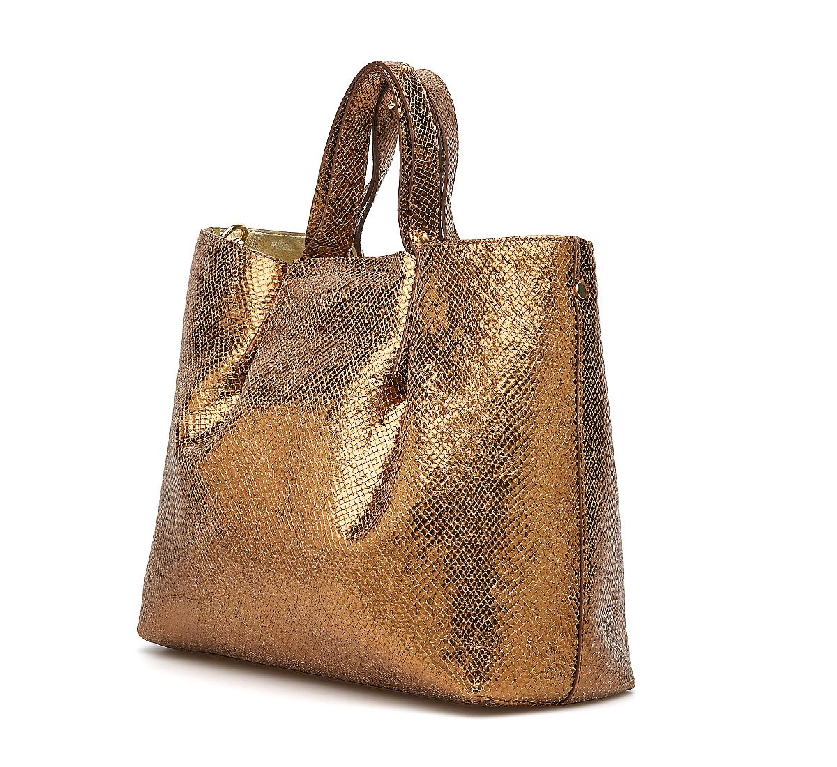Shopper in laminated leather