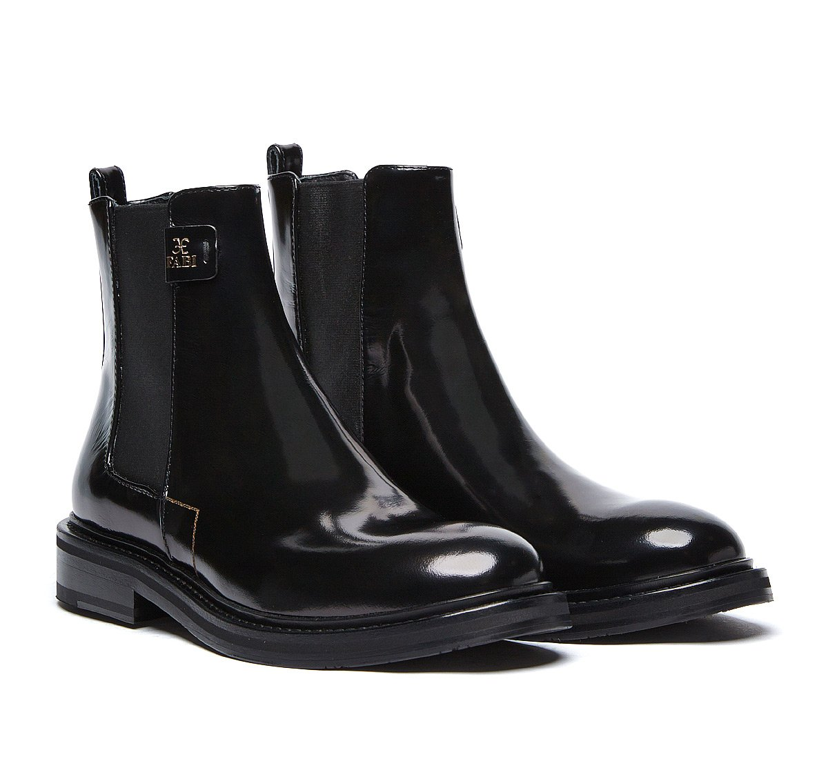 Beatle boot in shiny calf leather