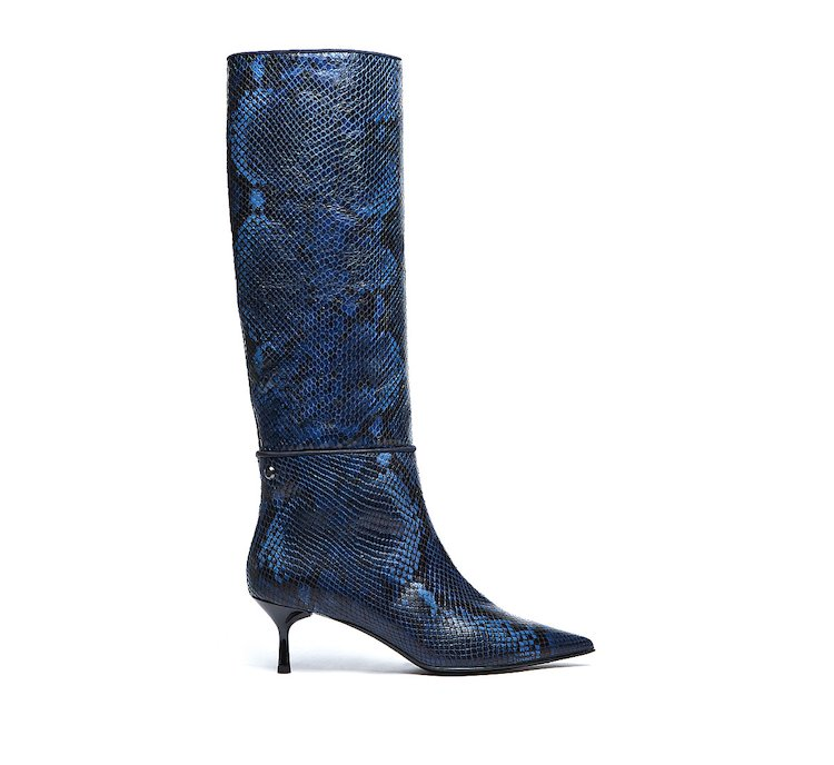 Boots in soft calf leather with python print