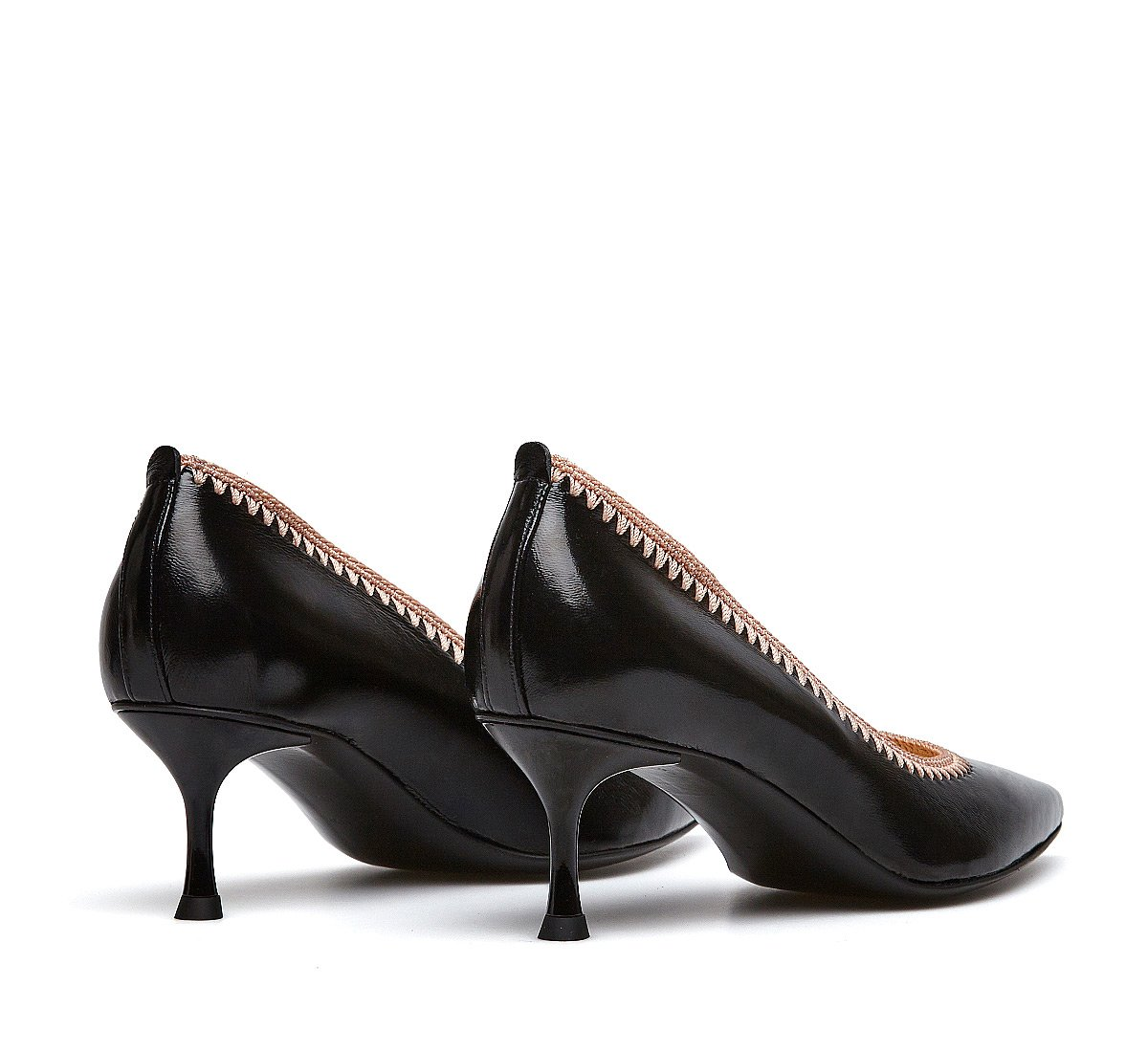 Soft calfskin pumps
