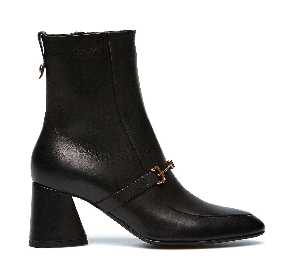 Культовые ботинки-дезерты Fabi