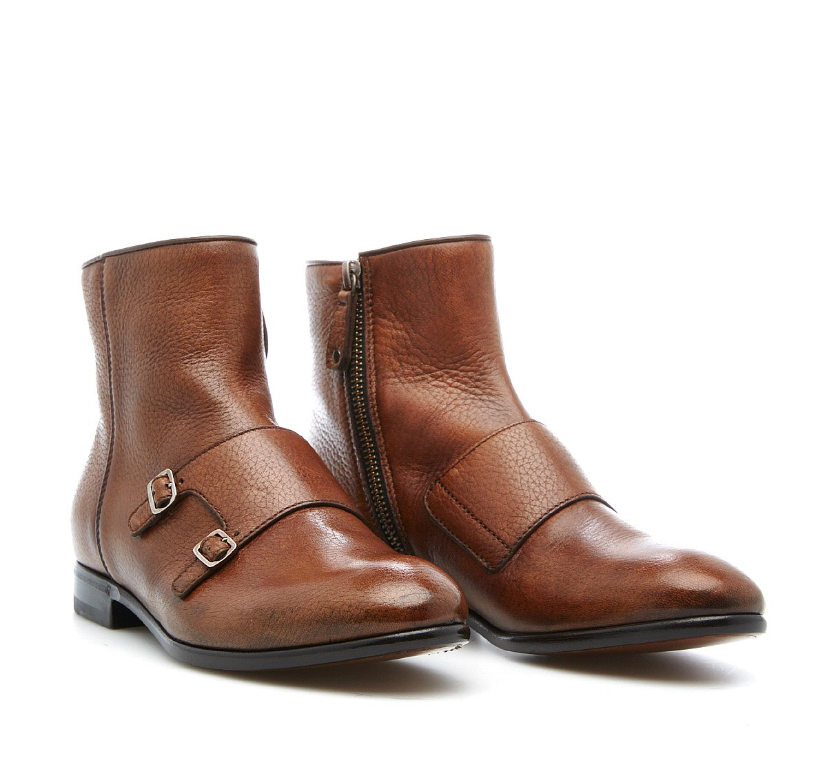 Ankle boots in hand-buffed buckskin