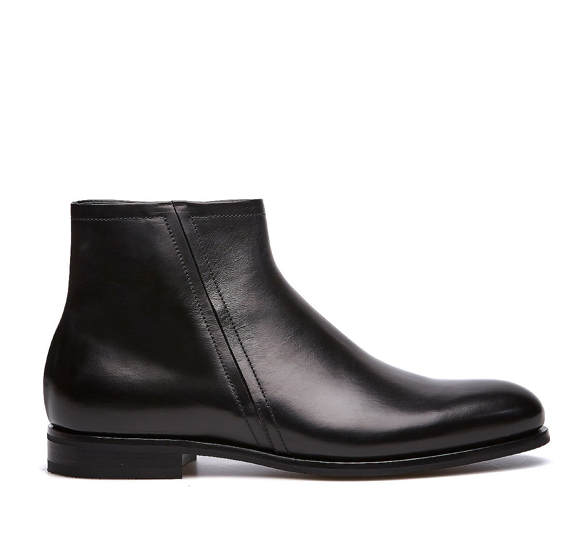 Beatle in calfskin with a warm shearling lining