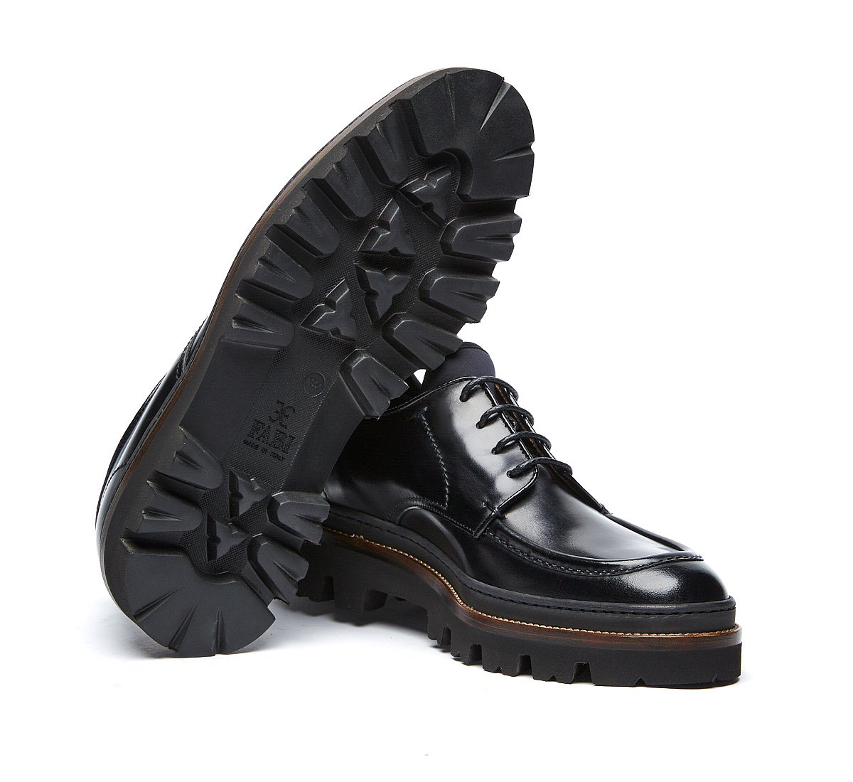Fabi lace-ups in luxury calf leather