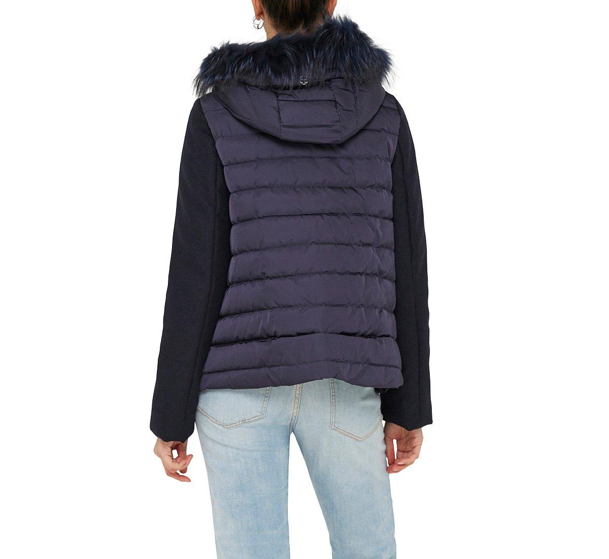 Куртка из шерсти