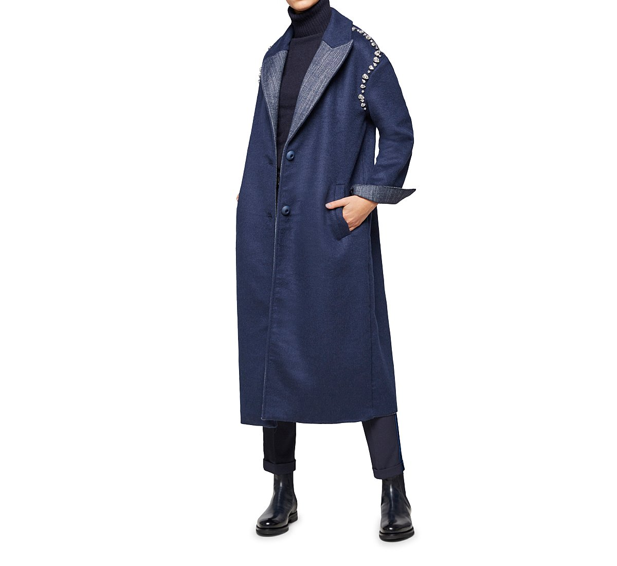 Cappotto con colloe polsi reverse