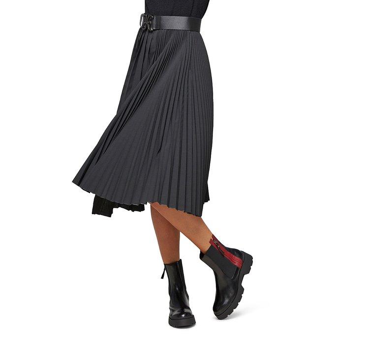 Расклешенная юбка до колена