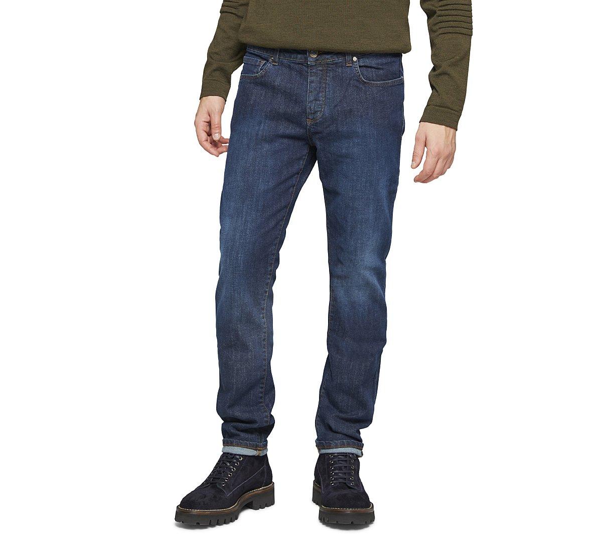 Loose cotton jeans fit