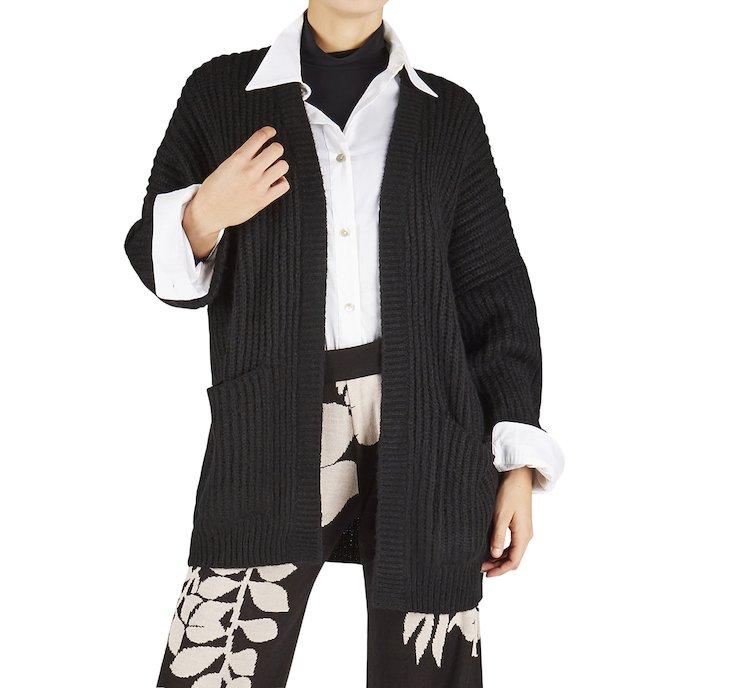 Cardigan in caldo tessuto