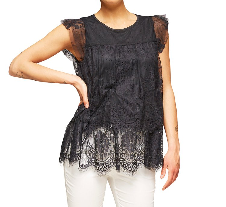 Vest top with lace edge