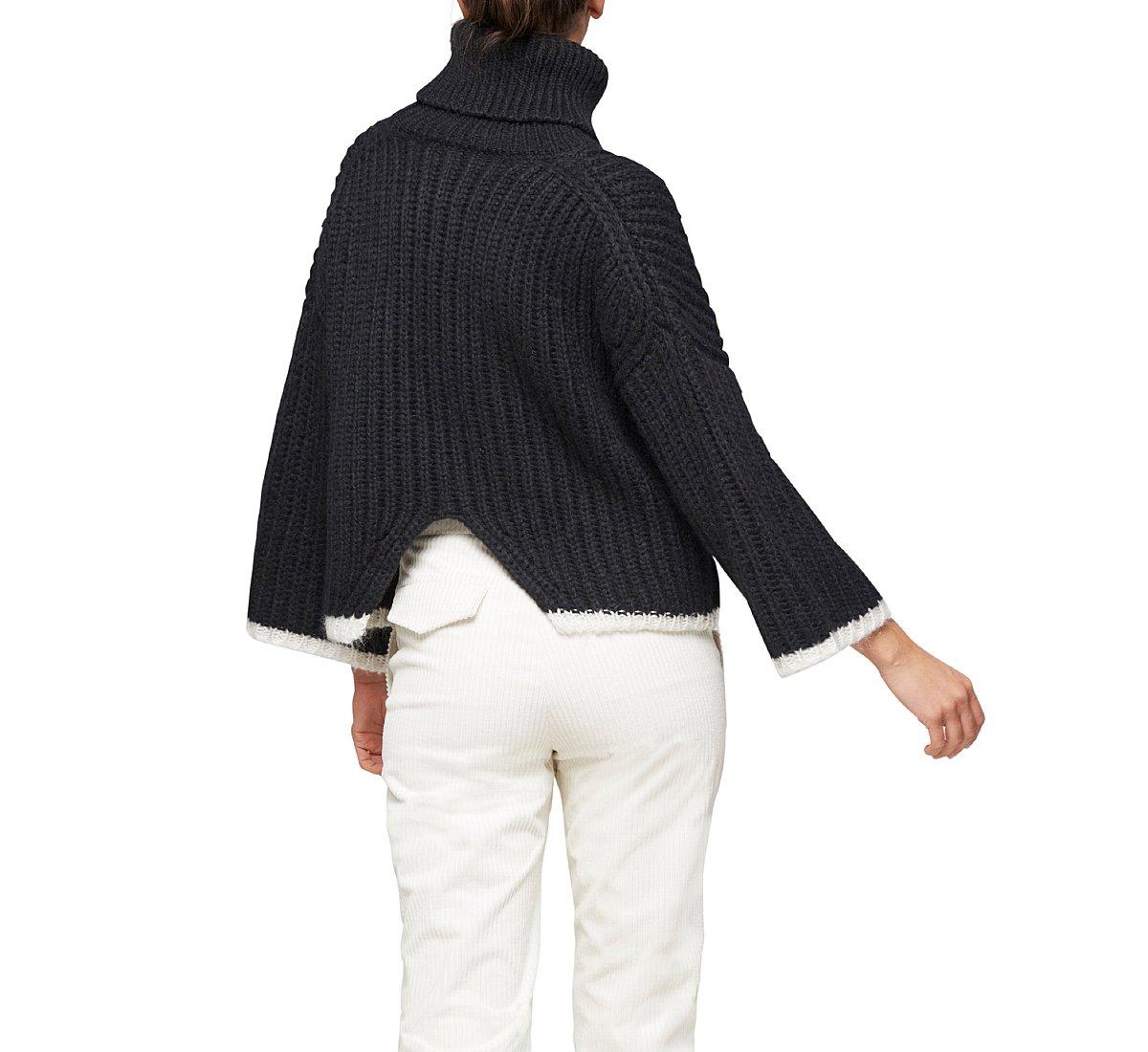 Cropped turtleneck sweater with brioche stitch