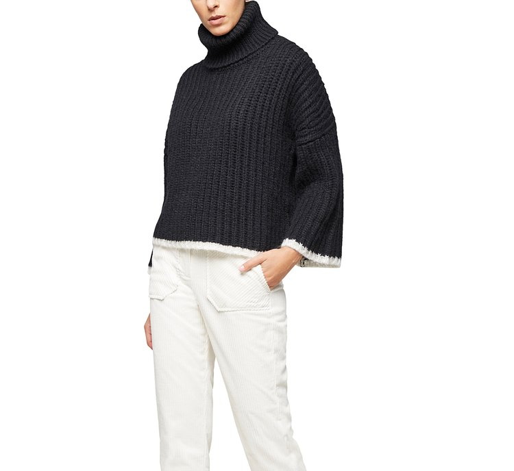 Cropped turtleneck sweater with brioche stitch
