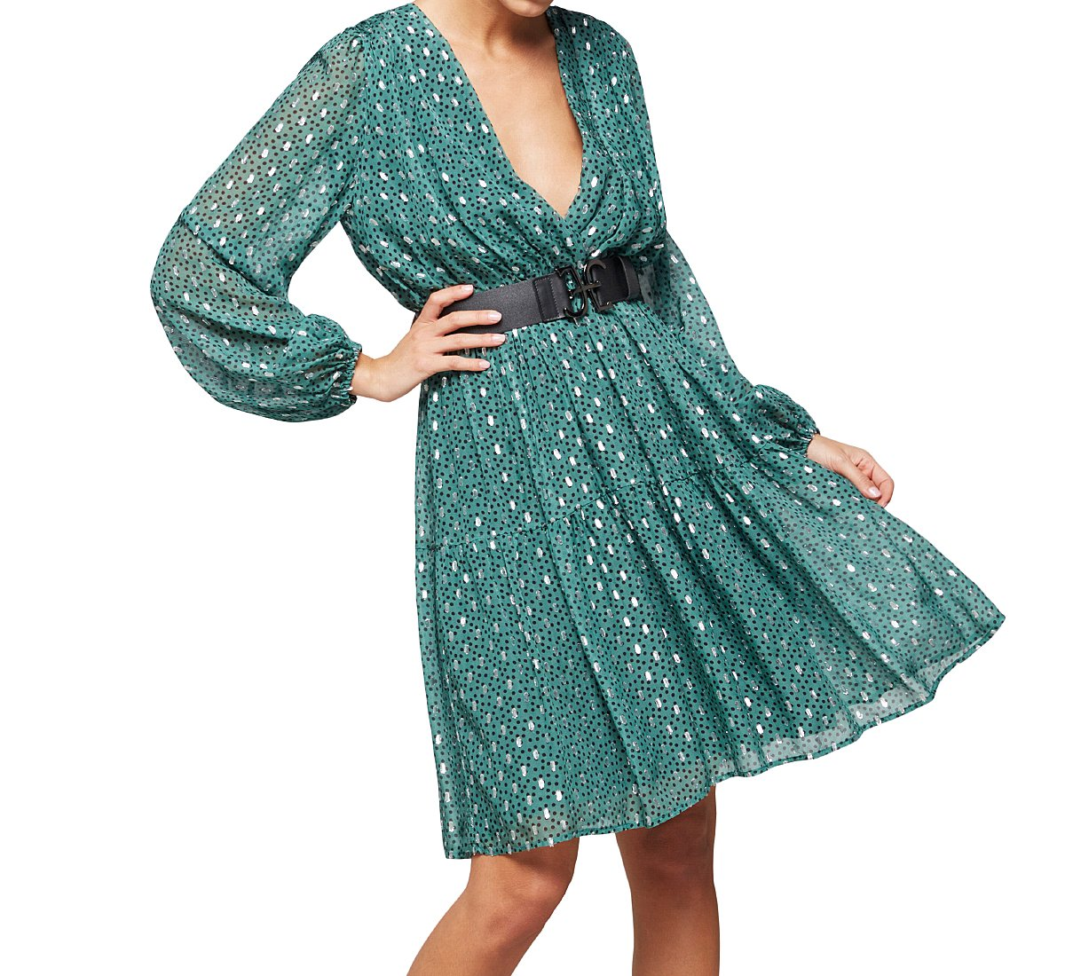 Knee-length viscose dress