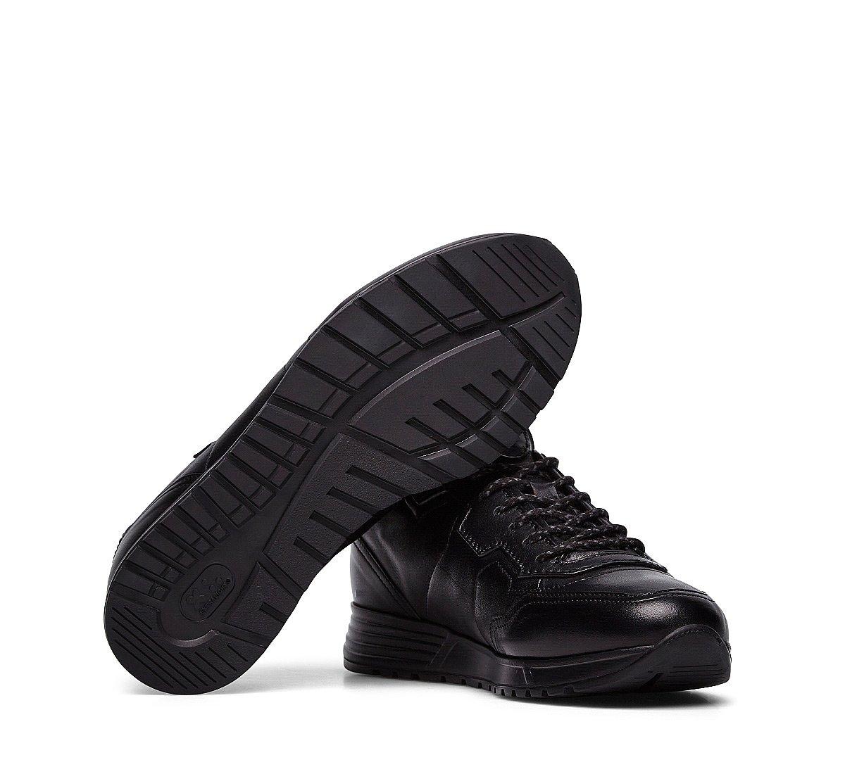 Tiche Line Sneakers