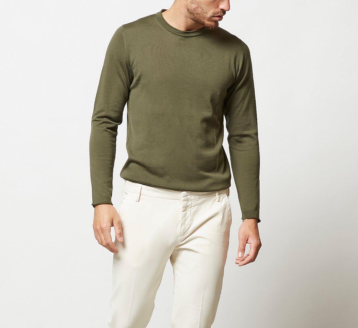 Maglioncino tinta unita in calda lana
