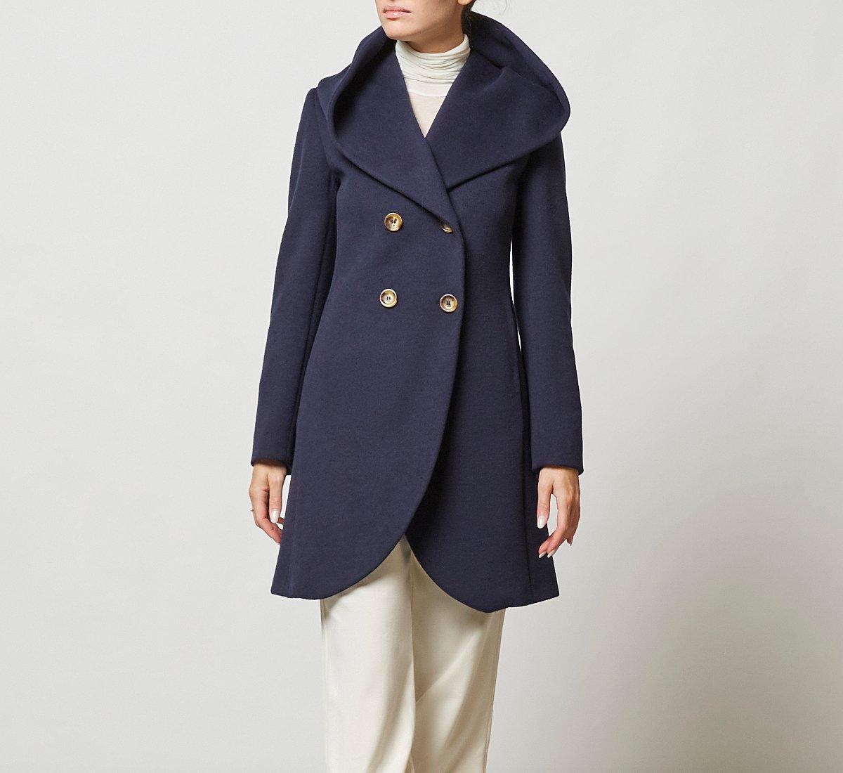 Двубортное пальто из шерсти