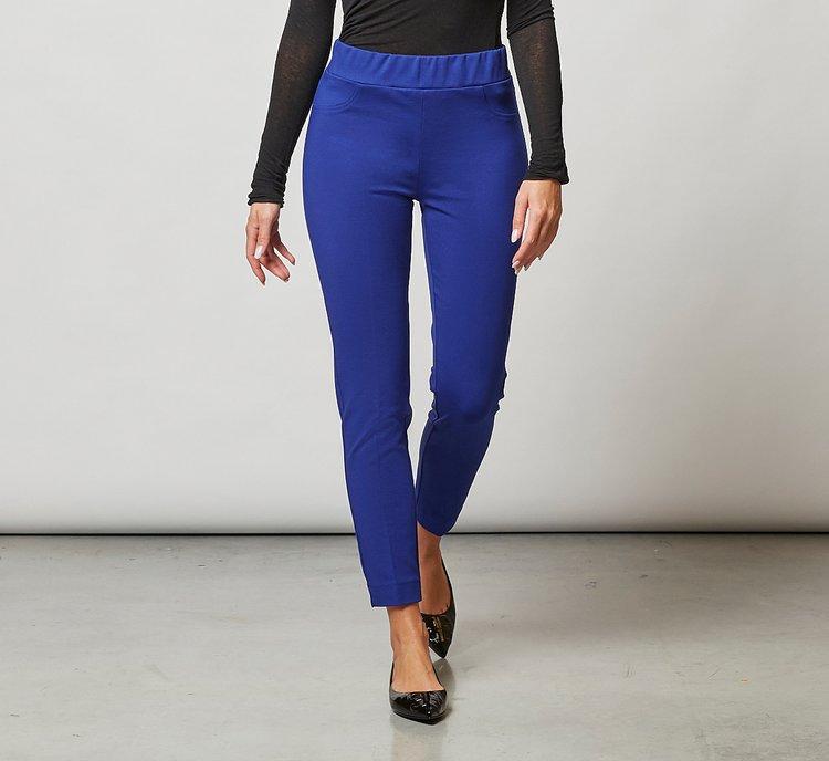 Pocketless trousers