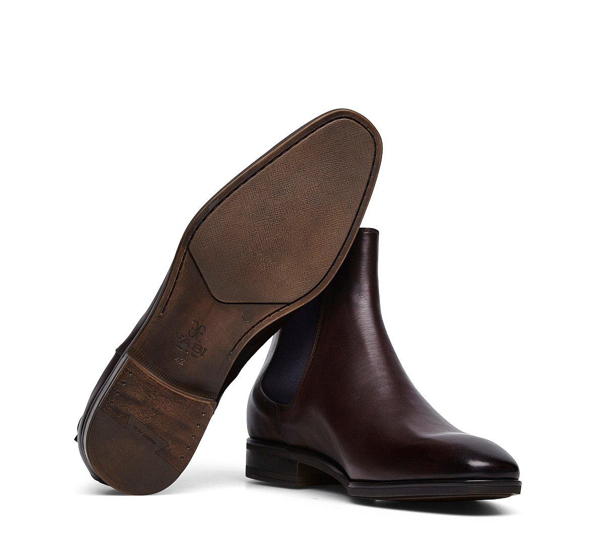 Exquisite calfskin Beatle boots