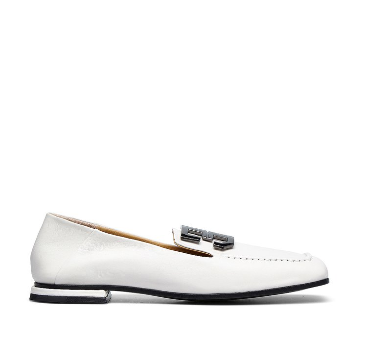 Exquisite nappa moccasins