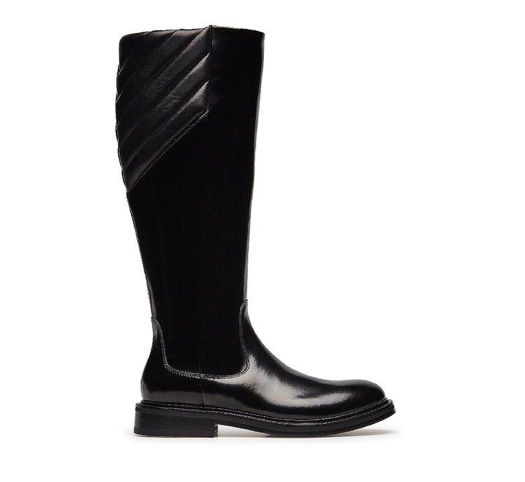 Brushed calfskin boots